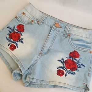 Embroidered Floral Roses High Rise Shorts Jr's 3